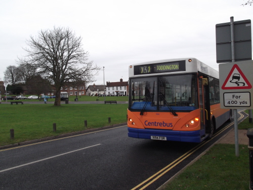 Centrebus at Toddington Green